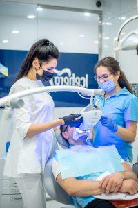 Отбеливание зубов в клинике айсберг